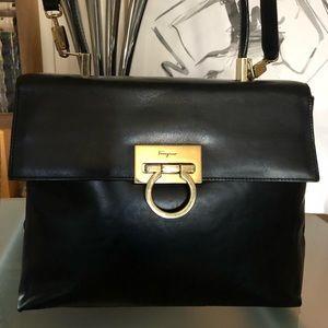 Salvatore Ferragamo Black Leather Bag AF21 8657